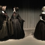 Death becomes her at the Met (2)