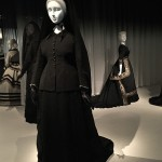 Death becomes her at the Met (6)