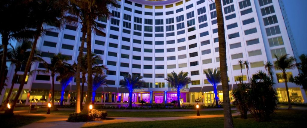 fll-sh-hotel-front