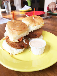 crab-cake-sliders-at-ag-restaurant-in-new-york-city